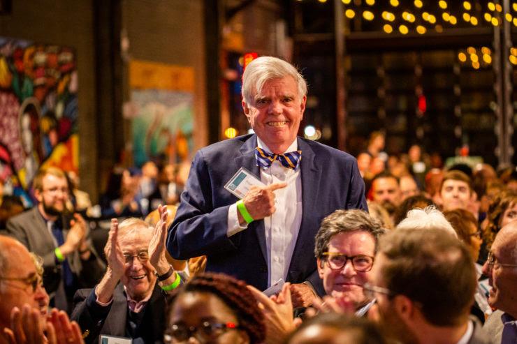 Photograph of Tom Gilhool at an awards dinner, courtesy of Bob Nelkin.